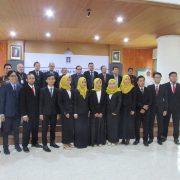 13 Mahasiswa Profesi Arsitektur FTSP UII Lakukan Sumpah Profesi Arsitektur
